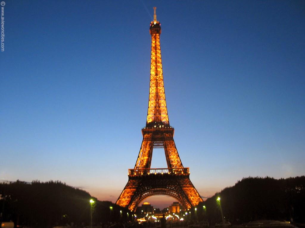 Torre Eiffel em Paris - França