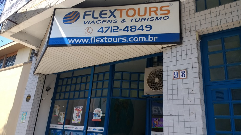 Fachada Agencia Flextours